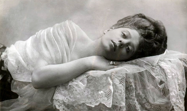 Camille Clifford