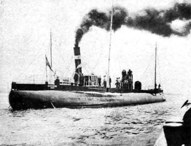 (1916) Submarino mercante evitó el bloqueo británico.