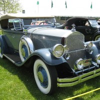 1024px-1930_Pierce-Arrow_Model_B